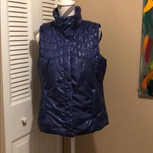 like new woman vest
